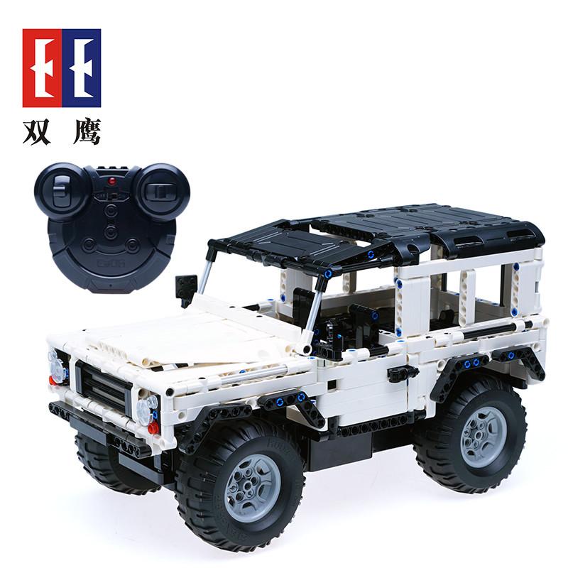 DoubleE / CADA C51004 Land Rover Defender 2