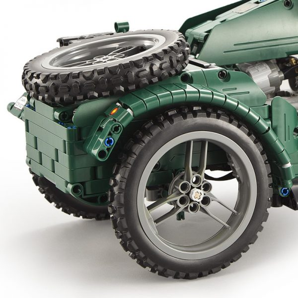 DoubleE / CADA C51021 World War II Military Motorcycles 2