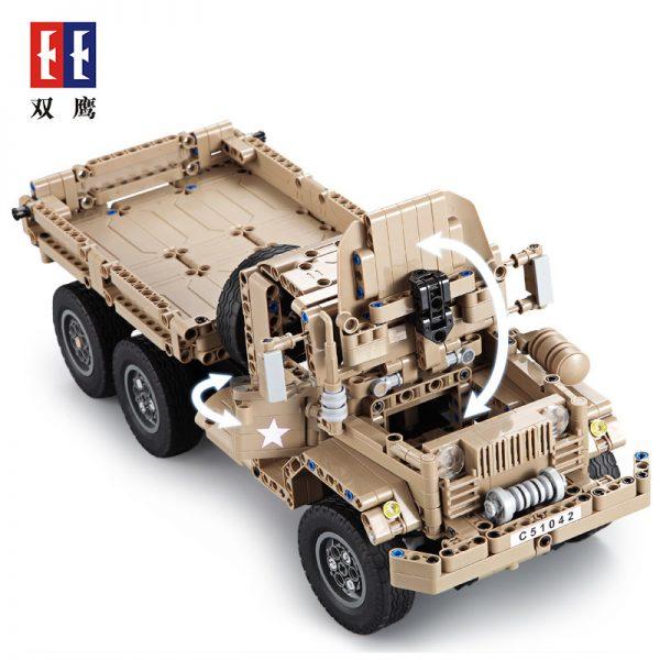 DoubleE / CADA C51042 Military trucks 3