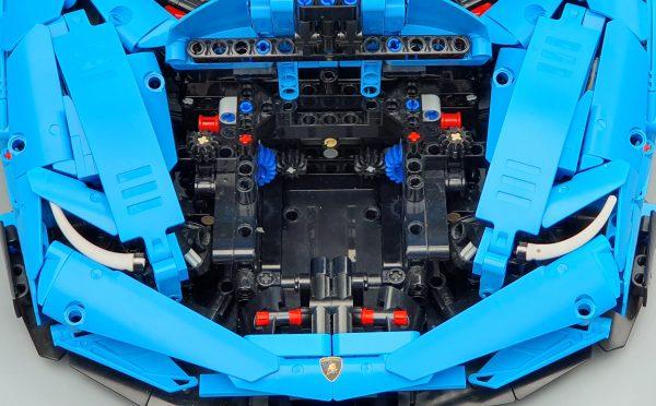 DoubleE / CADA D012 Lamborghini Centenario 1:8 hypercar 3