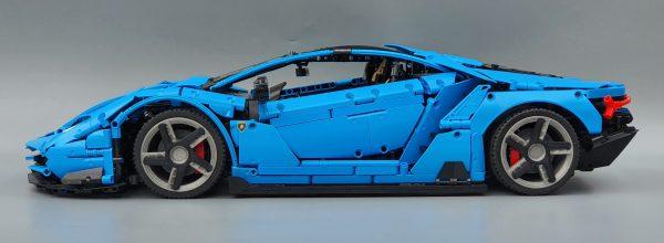 DoubleE / CADA C61041 Lamborghini Centenario 1:8 hypercar 15