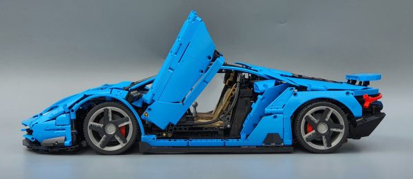 DoubleE / CADA 770-4 Lamborghini Centenario 1:8 hypercar 16