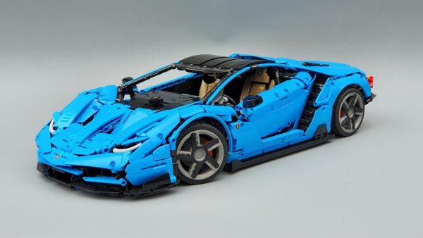 DoubleE / CADA C61041 Lamborghini Centenario 1:8 hypercar 0