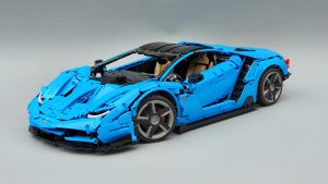 DoubleE / CADA 770-4 Lamborghini Centenario 1:8 hypercar 0